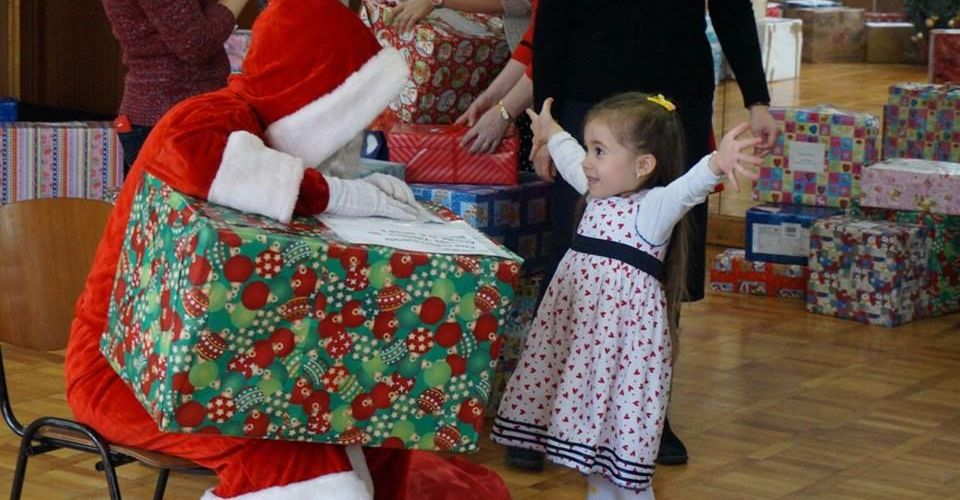 Christmas celebration for the kids of Valentina România!
